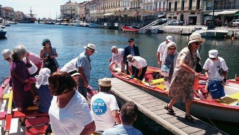 Alain et Marie-Hélène ramènent leurs poètes au ponton